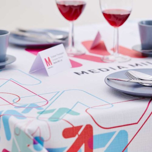 digital table covers 1 500x500 Northwestbanners   homepage